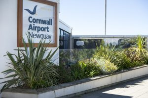newquay cornwall airport